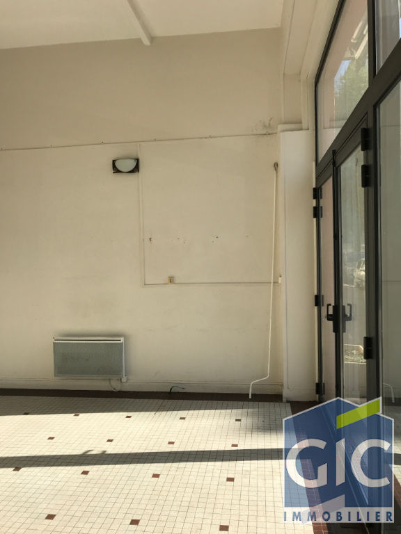 LOCAL COMMERCIAL 45 M² 6/11